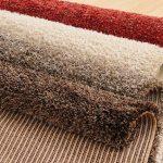 Як постелити ковролін на дерев'яну підлогу – проводимо всі роботи своїми руками