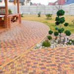 Выбор тротуарной плитки для дачи